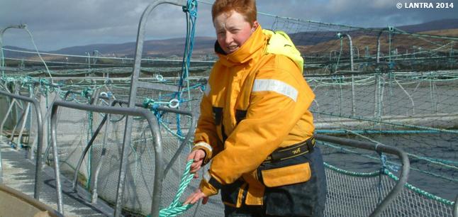 Planit : Job Profiles : Fish Farm Worker Aquaculture and Fishing