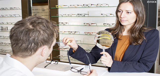 Planit Job Profiles Optical Assistant Retail and Sales – Optician Assistant
